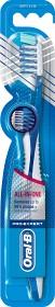 Bild på Pro-Expert CrossAction tandborste